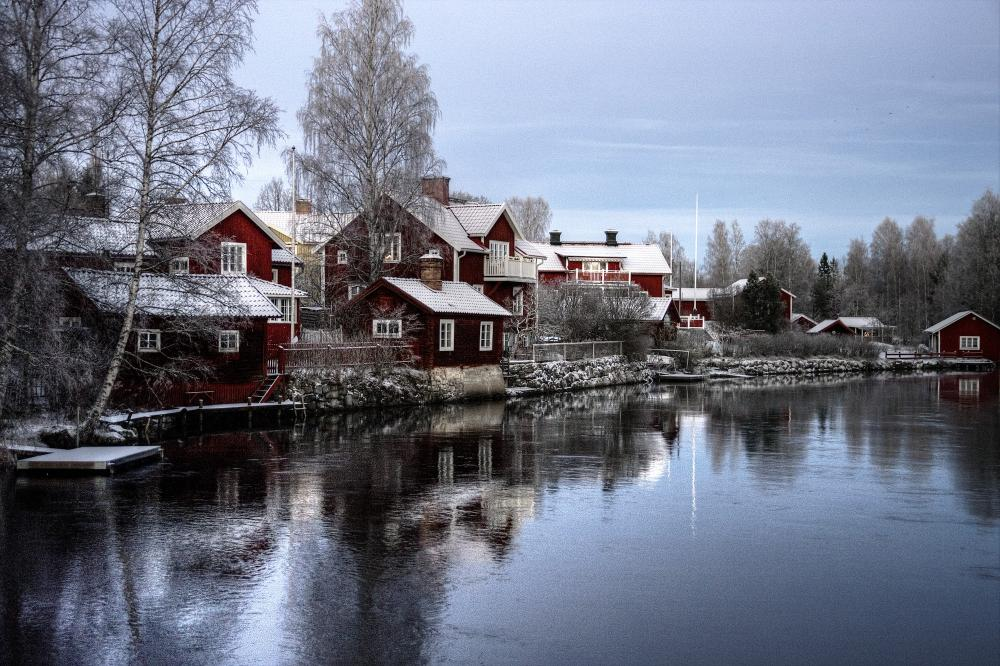 Sweden houses snow